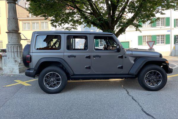 Jeep Folierung in Grau