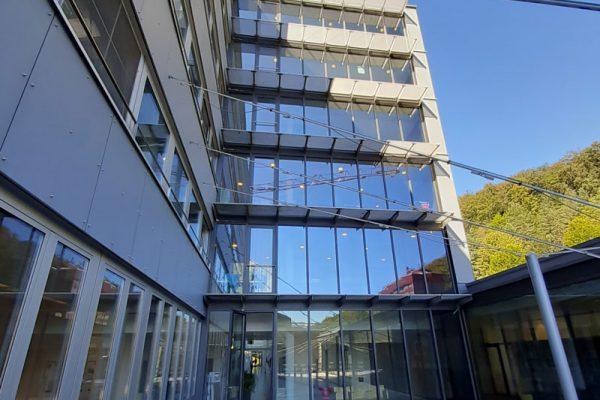 sonnenschutzfolie glasfassade